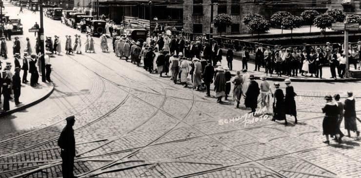 Women's Suffrage Parade in New Brunswick, 1919